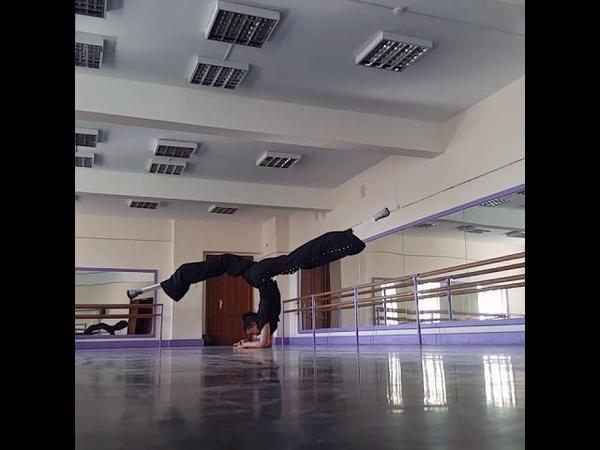 Training acrostilts Evstigneeva Olga CRAZY STILTS