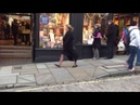 Beware of Pickpockets when Christmas Shopping
