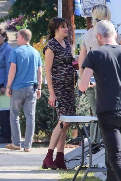 Кейт Бланшетт на съемках Белла ХадидШейлин Вудли на съемкахЭйса Гонсалес и Александр Скарсгард на съемках фильма «Годзилла против