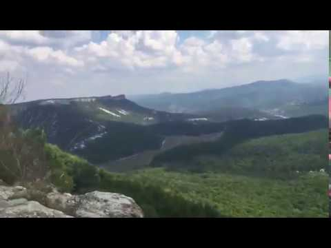 Квартирка с видом на долину. Путешествие в Крым.