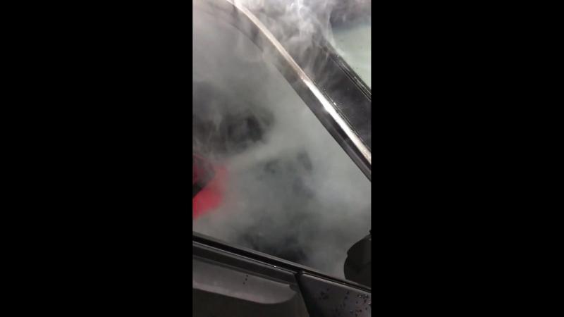 Обработка автомобиля сухим туманом