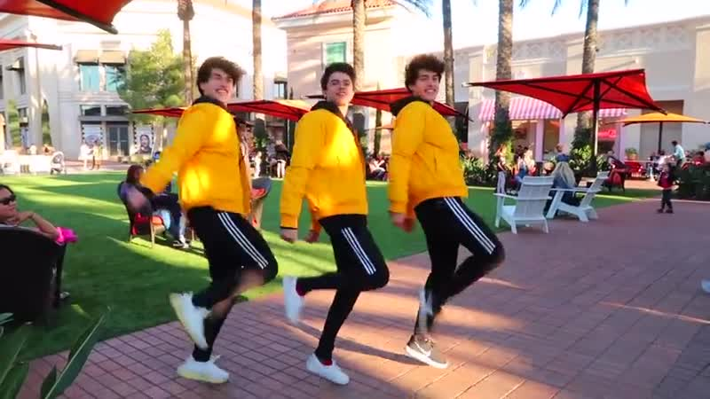 WHAT ITS LIKE TO BE A TRIPLET ¦ Brent Rivera