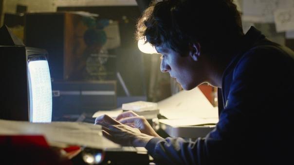Чарли Брукер рассказал о работе над новым сезоном «Чёрного зеркала»