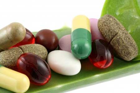 Противозачаточные таблетки содержат гормоны, которые предотвращают беременность.