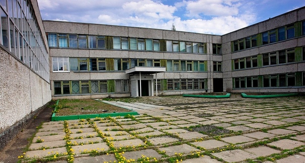 Школа №8. Фото Николая Лезина