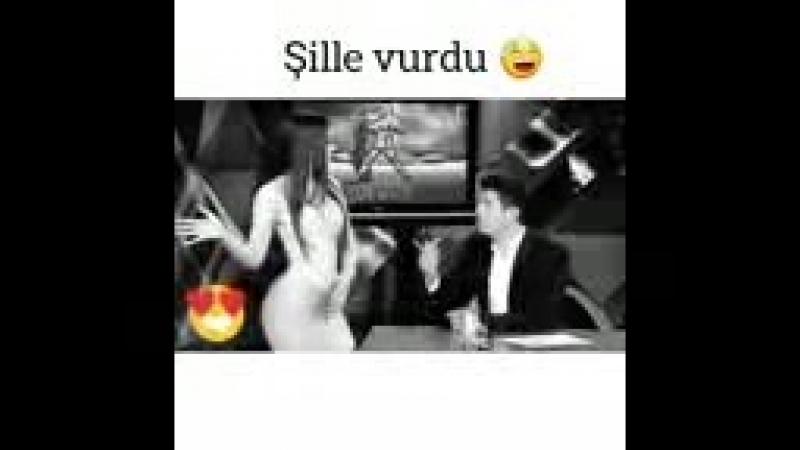 Şillə vurdu😂_144p.3gp