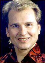 singer Александр Малинин. Александр Николаевич Мали́нин (до 1988 г. носил фамилию Вы́гузов; род. 16 ноября 1958, Свердловск) - советский и российский певец, композитор, преподаватель. Биография.