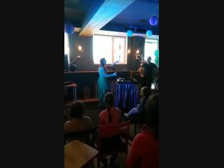 Live: Кото-кафе