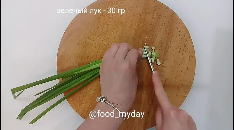 Блюда для перекуса • Салат из молодой капусты, огурца и яиц