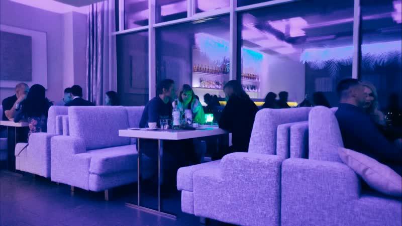 Вечер в белом зале PANORAMA Lounge Bar