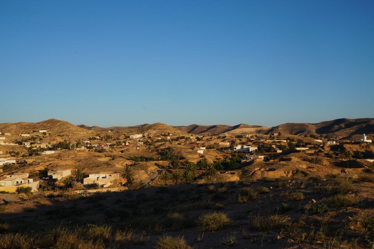 Деревня троглодитов Матмата в Тунисе