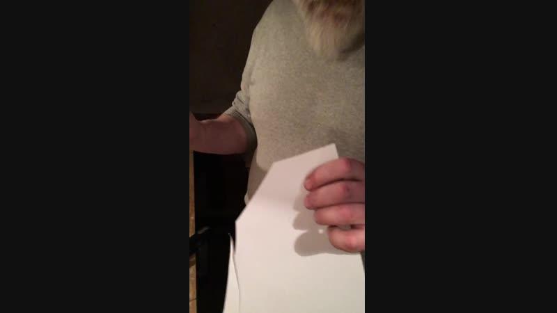 Тест кованой стамески Кот играющий на саксофоне на бумаге..