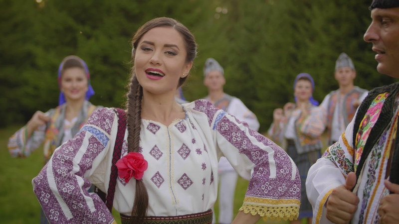 Sînziana Ștefan - Azi îi gioc de petrecut - 2018