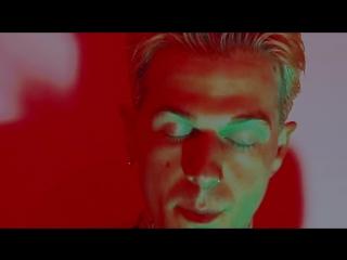 The Neighbourhood - Livin In a Dream (ft. Nipsey Hussle) (2018) (Alternative Hip Hop / Indie)
