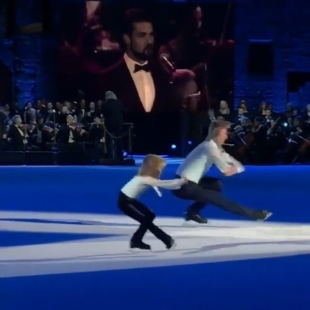 """Евгений Плющенко on Instagram: """"Молодец,сынуля,папу не подвёл ! Но сегодня надо ещё отработать ! 💪🏻Финальная часть совместного номера """"Rigoletto""""Ал..."""