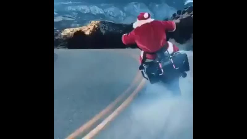 ThursdayThoughts - Ever wondered what Santa does in the off season....well, wonder no more!! GYSOT Santa .mp4