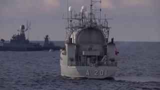 Торпедная дуэль корвета «Стойкий» и МПК «Калмыкия» в Балтийском море Torpedo duel of the Corvette Re