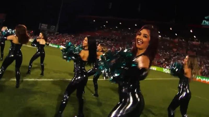 Cheerleaders Panters lit in PVC Catsuit