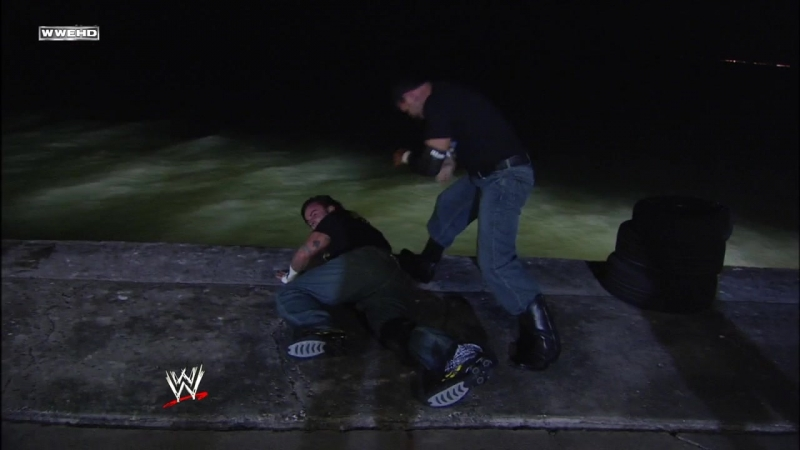 CM Punk Vs Chavo Guerrero - Gulf Of Mexico Match - ECW 05.02.2008