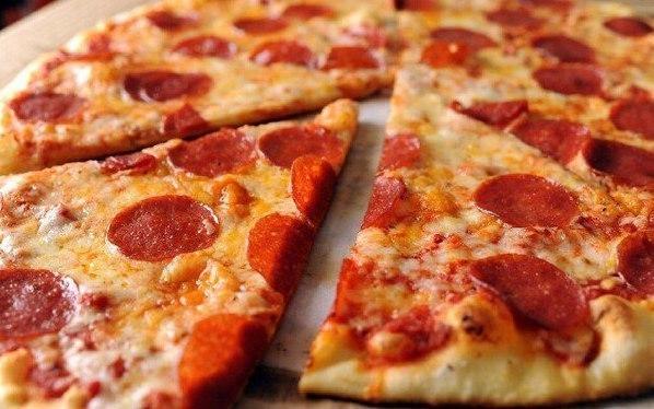 """Аппетитная пицца """"Пепперони"""""""