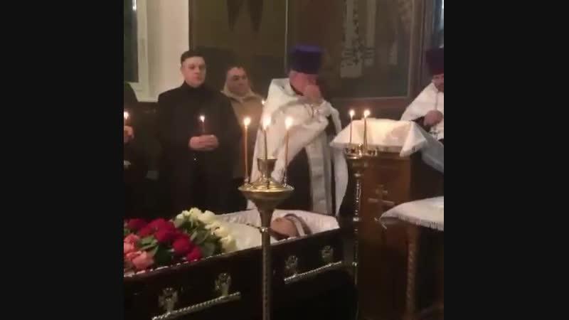 Евгений Осин - отпевание 2018. на отпевании Евгения Осина заплакал батюшка