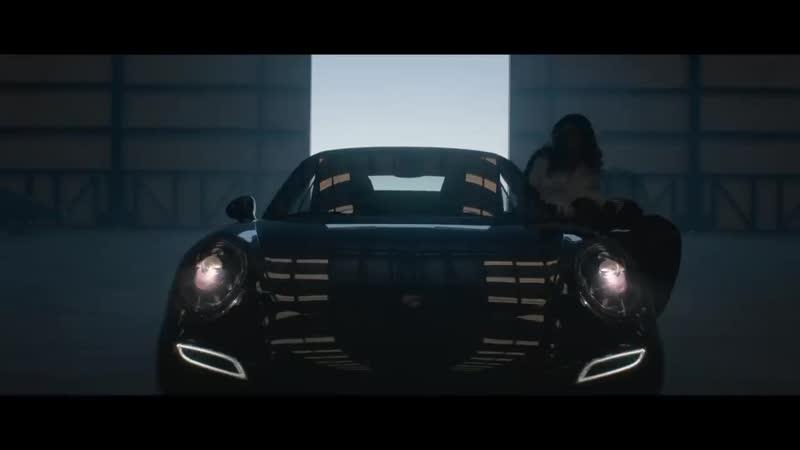 TimelessMachine Stories_ Stunt Driver Sera Trimble and her Porsche 911