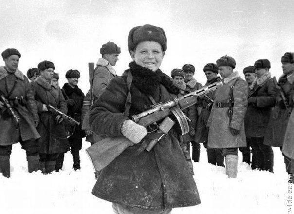 15-летний разведчик Вова Егоров, 1942 год