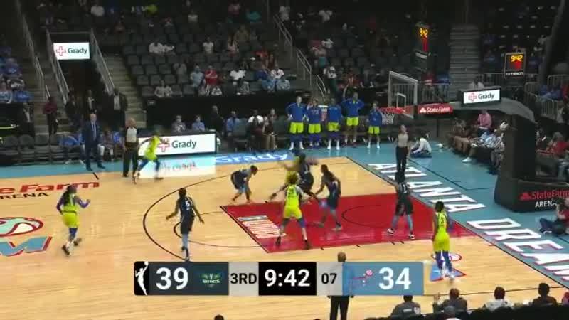 3 blocks 1 possession. Elizabeth Williams @E_Williams_1 OWNS the paint! - - Watch @AtlantaDream vs. @DallasWings on WNBA League