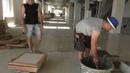 Как работают промышленные плиточники 100 м2 в час Fast tiler work 1000 m2 per day