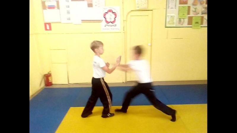 Stikhiya Wing Chun.Тренируем страховки.