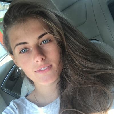 Полина Поливанова