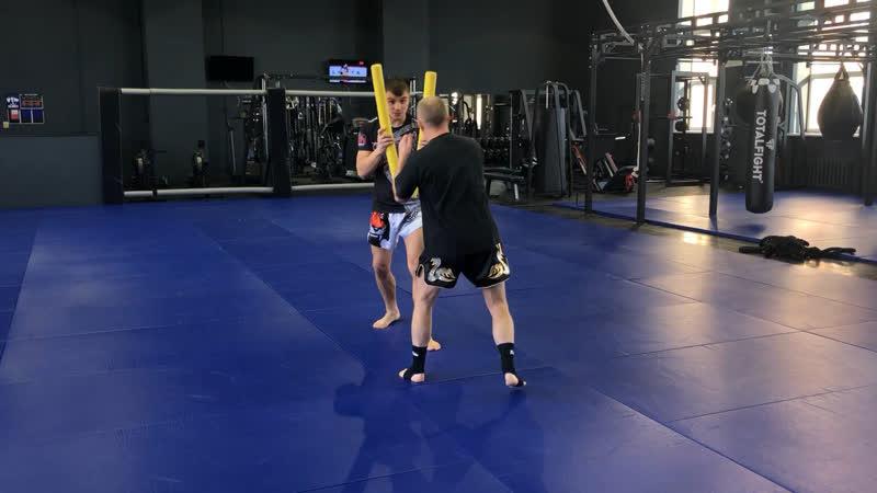 Александр Саночкин (FIGHT CLUB CLINCH) - индивидуальные тренировка по тайскому боксу