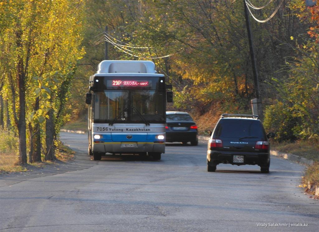 Автобус в микрорайоне Бутаковка Алматы 2018