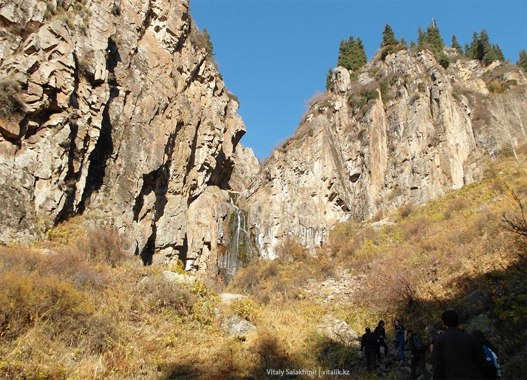 Бутаковский водопад горы Алматы 2018