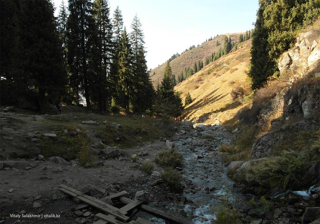 Речка в ущелье Бутаковка