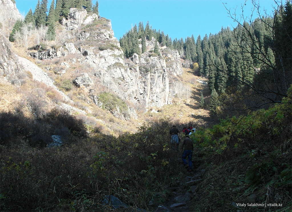 Скалы Бутаковского ущелья, Алматы