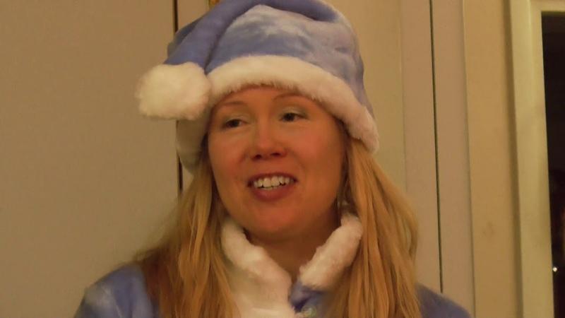 Sini Tuomisalo and Jaska Aalto Joulu joka päivä Christmas every day
