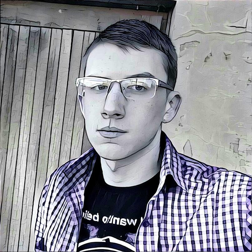 Денис Макаревич  