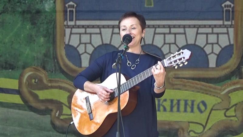 Геля Жуковская на Фестивале Давайте услышим друг друга Ростокино 15 09 2018