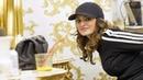Elisa Isoardi, single e felice tra shopping e parrucchiere