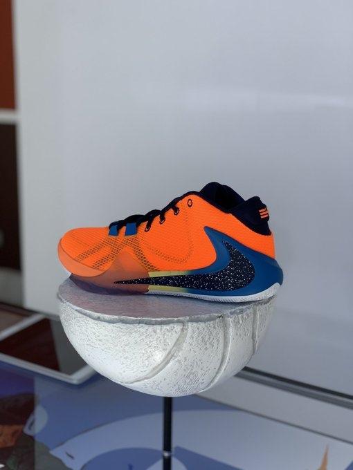 Представлена первая модель именных кроссовок Янниса Адетокумбо