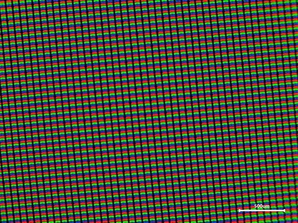 Экран смартфона под микроскопом