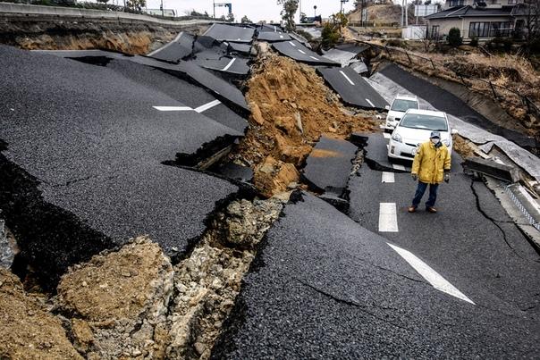 А Вы знаете, что магнитуду землетрясения измеряют не в баллах Сразу после землетрясения сейсмографы регистрируют его магнитуду, которую измеряют по шкале от 1 до 9 условных единиц, также