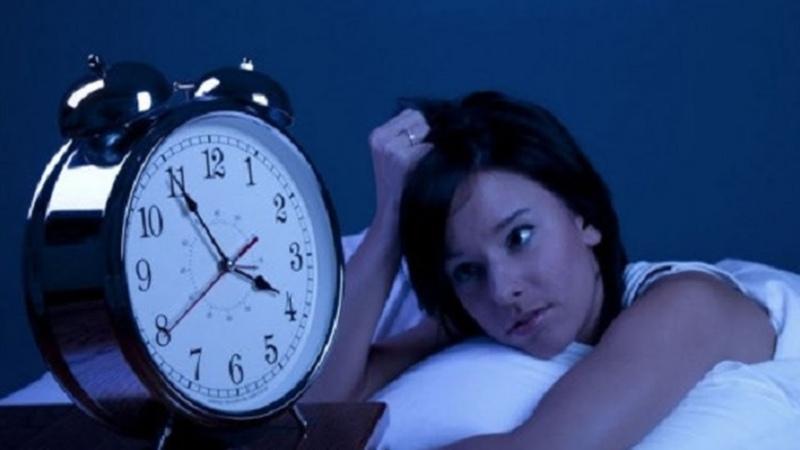 20 dakikada uyutan mucizevi müzik (uyku düzensizliği yaşayanlar mutlaka uygulasın)