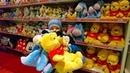 Новогодние Подарки в Эпицентр Одесса Риша нашёл огромного Робота, заводные игрушки и ёлку Presents