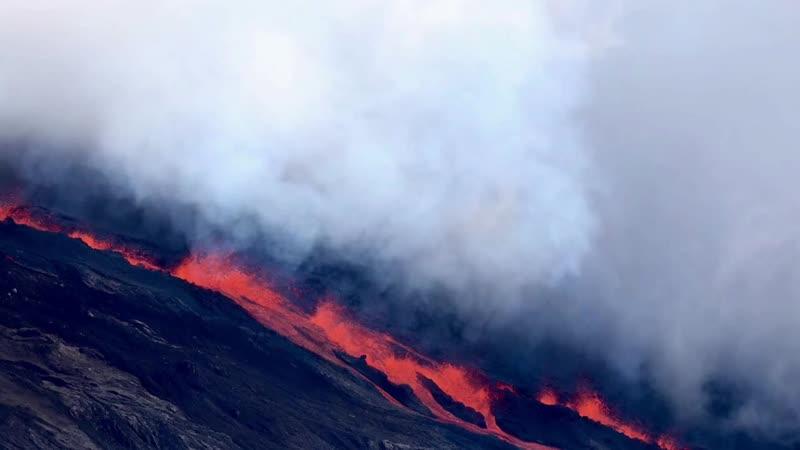 Volkan la pété - retour sur cette première journée d'éruption en images.mp4