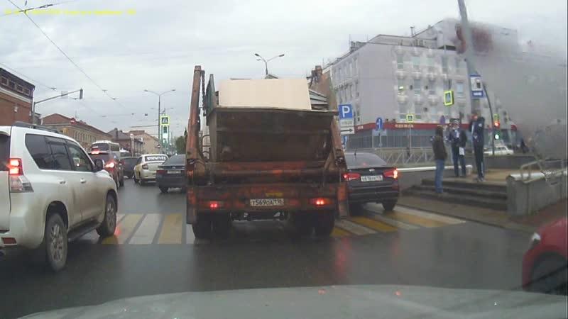 ДТП с мусоровозом Казань
