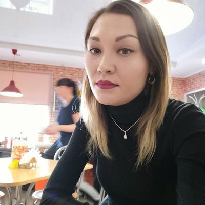 Анна Алёшина