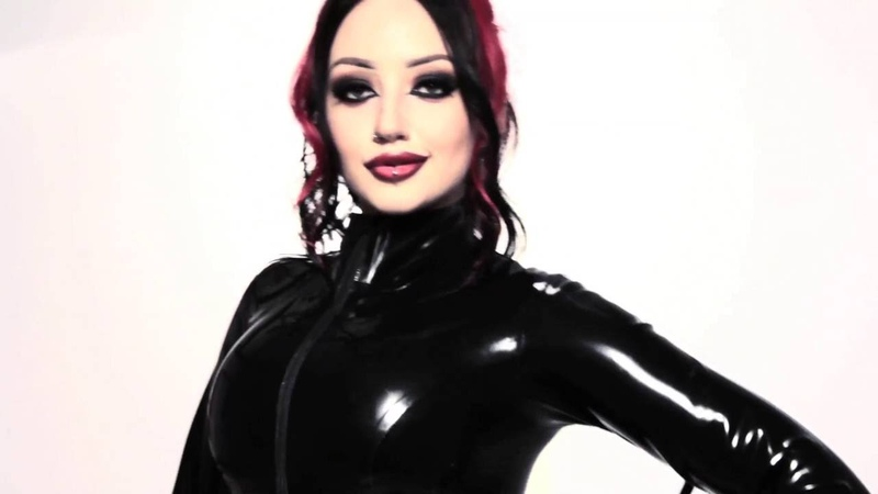 Dani Divine - Rock Chic Latex Collection From Honour