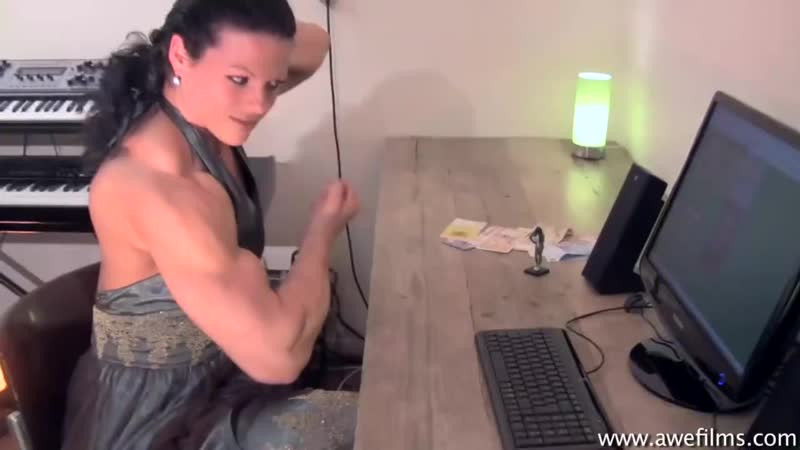 Oana Hreapca Romanian Muscle Girl